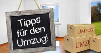 Kreidetafel mit Wohnzimmer und Umzugskartons
